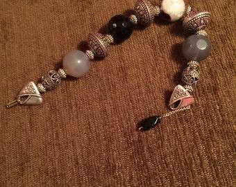 Agate and Metal Bead bracelet