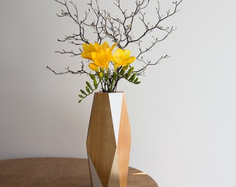 Faceted Kauri Vase — Large