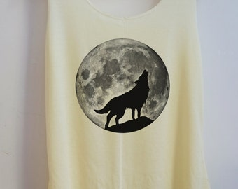 CLEARANCE Wolf Howling Animal Style Vintage Tank Top Art  T-Shirt Full Moon Shirt Women Shirt  Women T-Shirt Tunic Top Vest Size S,M,L