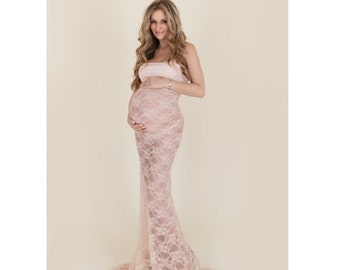 Gabriella Fitted Lace Maternity Gown with Train
