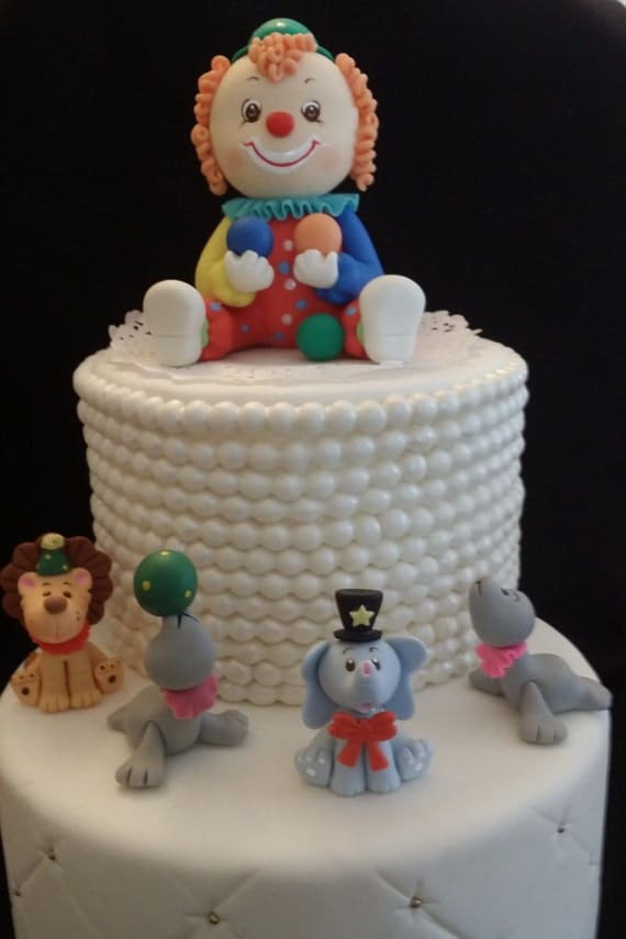 Circus clowns cake topper decorations birthday wikii for Clown dekoration