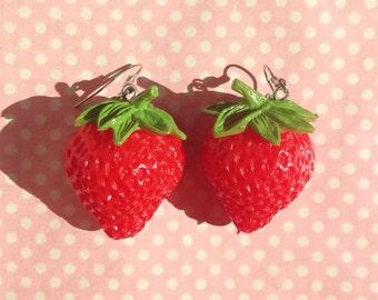 Super sweet lifesize strawberry earrings