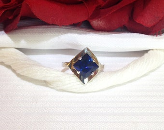 Sparkling Blue Sapphire Solitaire Ring ~ 925 Sterling Silver ~ Size 6.75