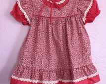 Vintage Floral Print Prairie Dress. Vintage Pink Floral Dress. Vintage 70's Floral Dress. Vintage Toddler Dress.
