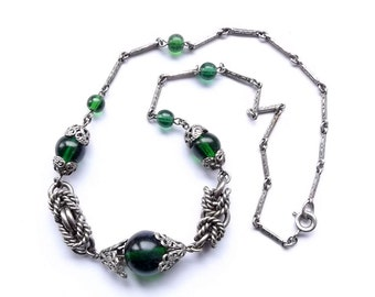 Vintage Green Glass Necklace | 1940's Silver Tone Knot Necklace