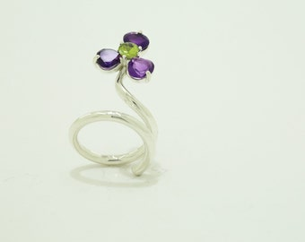 Amethyst flower ring.