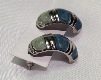Enamel swirl and silver tone 1980 earrings