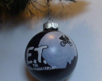 E.T. The Extra-Terrestrial Ornament