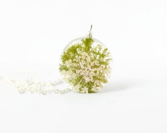 Real moss necklace, real flower necklace, flower jewelry, moss jewelry, real moss, nature jewelry, nature inspired, resin necklace, gift