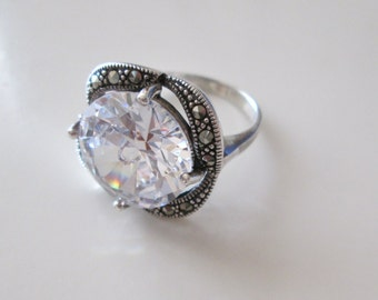 925 Sterling silver Vintage CZ and Macasites ring, size 8.5