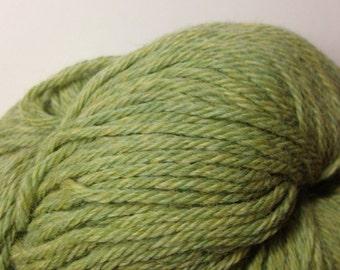 Cascade Lana D'Oro alpaca/wool blend worsted weight yarn (1073 Grassland green)