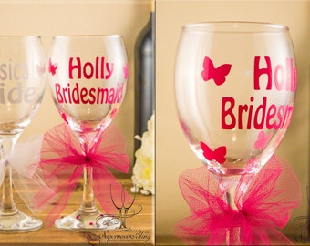 Personalised wedding wine glass bride bridesmaid gift any colour & name BUTTERFLIES