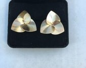 Earrings   Gold  Very Cool  Retro  14kt  Striped 3 Heart Earrings    marked  Torre Vincent   Unused Condition - Like New   Very Collectible