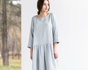 Linen dress with sleeves. Washed and soft linen dress in ice blue/silver grey