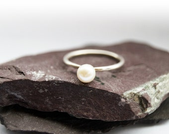 Freshwater Pearl Sterling Silver Ring ~ statement ring, stacking ring, gemstone, unique, pearl, wedding, bridesmaid, bands, solitaire