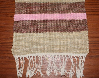 Lovely vintage handwoven small Rag Rug Table runner / Tablecloth. Made in Sweden Scandinavian.