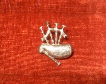 1940s Scottish Bag Pipe Pin Brooch Ward Bros.