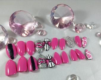 stiletto nails, pointy nails,fake nails,false nails,press on nails, pink stiletto nails,claw nails,oval nails,kylie jenner nails,nailart