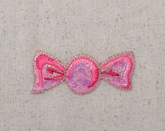 Pink Candy - Shimmery Wrapper - Iron on Applique - Embroidered Patch - 156431A