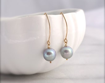 Grey pearl dangle earrings | grey and gold dangle earrings | simple pearl earrings | Graystone studio
