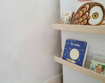 Craft shelf in natural wood