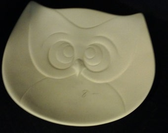 SALE  was 8.00  NOW 4.00  Owl Plate/Candy Dish/Trinkets--DIY Unfinished or Finished (see options and description)