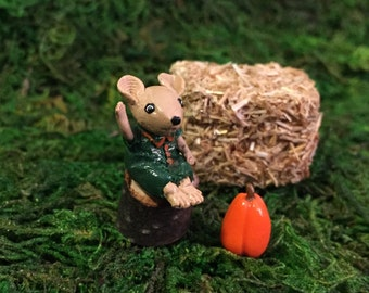 Miniature Animal Figurine, Fall Mouse Sitting on Stump, Fairy Garden Terrarium Halloween Accessory