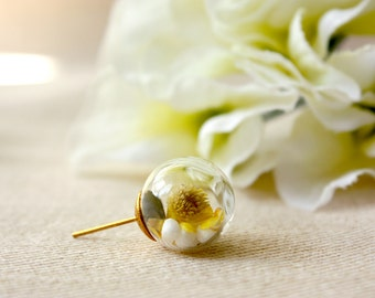 Orb / earring / yellow / Gift for her, Real Flower Earring, Real Flower Jewelry, Terrarium Earring, Botanical Jewelry, Plant Earring
