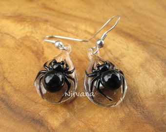 Custom Made Glass Black Widow Spider hanging earrings on .925 Sterling Silver ear wires (Free Shipping from Thailand) - 1 Pair