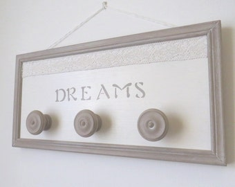 Shabby style wooden wall hanging