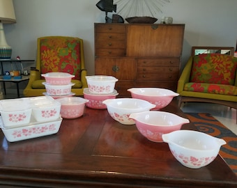 Pristine Pink Gooseberry Pyrex in impossible to find set and a Complimentary Libbey 33 piece Glassware Pink Dutchess
