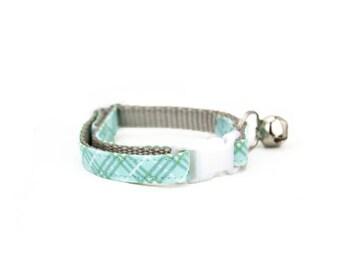 Mint Green Plaid Cat Collar Breakaway Safety Light Blue Cat Collar with Bell