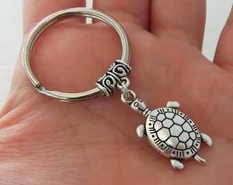 Turtle Keychain, seaturtle keyring, sea turtle key chain, beach party favors, silver turtle key ring, tortoise gifts, stocking stuffer