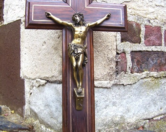 Antique CRUCIFIX palisander wooden cross with brass inlay, classical statue of Jesus, late 19th-early 20th century, religious wall art