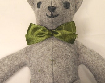 KitBagBear - 'Archie', soft fill, toy, easy sew, felt, embroidered face.