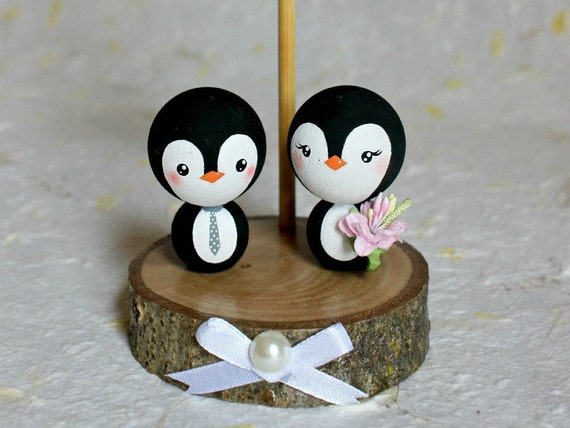 penguin wedding cake topper uk penguins wedding cake topper penguin wedding personalized 18189