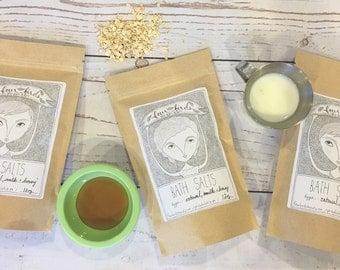 Oatmeal, Milk and Honey Bath Salts - 10 oz. { sea salt / mediterranean sea salts / salt soak / spa salts }