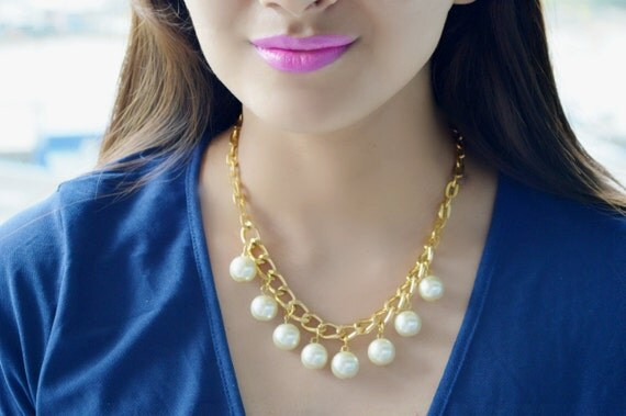Pearl Necklace,Chunky Pearl Necklace,Bold Gold chain,Statement Pearl Necklace,Ivory Pearl Necklace,Bold Pearl Necklace,Pearl jewelry,Wedding