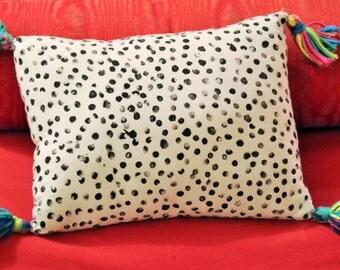 Polka dot pillow -free shipping in U.S.
