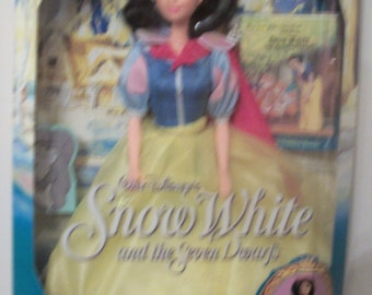 Snow White and the Seven Dwarves by Mattel, Disney. 1992