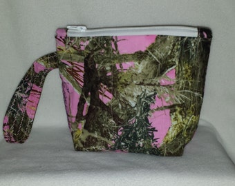 Pink Camouflage Quilted Wristlet