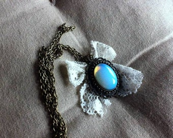 Stone and white lace necklace