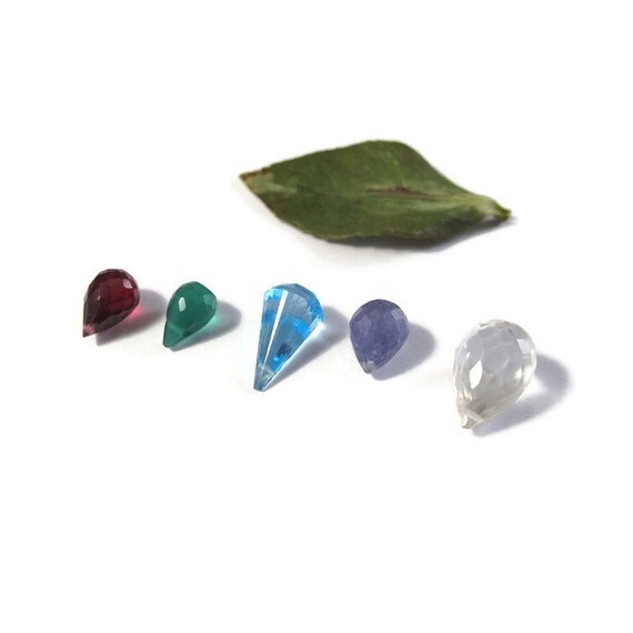 Five Gemstone Beads, Briolette Mix, Rhodolite Garnet, Tanzanite, Blue Topaz, Green Onyx, Palest Rose Quartz, Natural Stones  (L-Mix22)