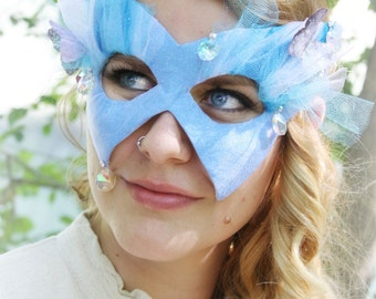 Cendrillon - Disney Cinderella- Inspired Masquerade Ball Mask in Blue Silk and Iridescent Tulle - Swarovski Accents