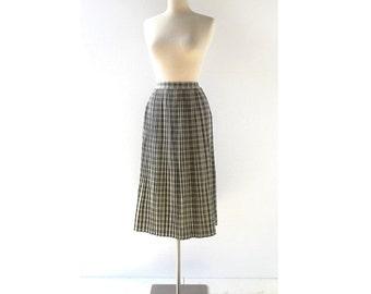 Vintage 1940s Skirt | Plaid Pleated Skirt | Gray Skirt | 27W Small