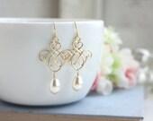 Wedding Earrings Gold Pearl Venetian Moroccan Chandelier Filigree Earring Gold Victorian Earring Bridesmaid Gold Ivory Pearls Bridal Wedding