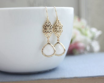 White Glass Filigree Gold Dangle Drop Earrings Bridesmaids Earrings White and Gold Wedding. Bridal Earrings. Plum Wedding, Dainty