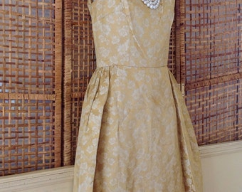 Vintage 60's Party Cocktail Dress Shift Gold Satin Floral Brocade-Small