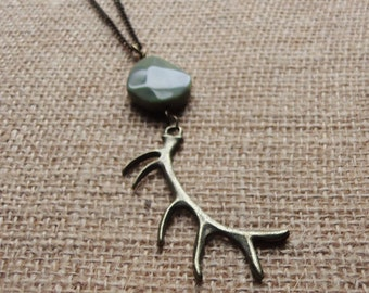 Antler Necklace. Long. Bronze. Hunter. Deer. Elk. Large. Green. Nature. Woods. Layering Necklace. Pendant. Huge. Brass. Antique Gold. Gift