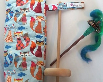 Quilted spindle bag spinning Foxes
